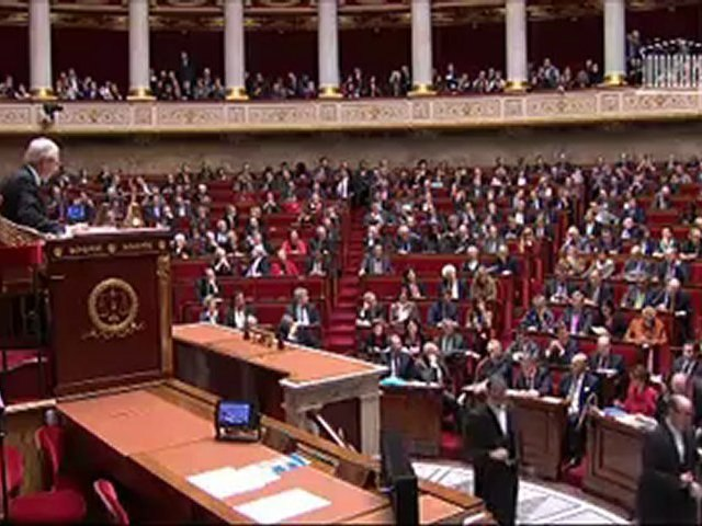 Questions au Gouvernement - Réponse de Pierre Moscovici à Jean-Louis Borloo [27 novembre 2012]