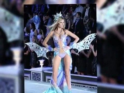 Maryna Linchuk Wows in a Pink Bikini