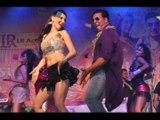 'Balma' Akshay Kumar & Claudia Live Performance   Khiladi 786 Promotion