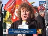 les salariés de coliposte sont en Grève à la plateforme  Quai wilson Bordeaux