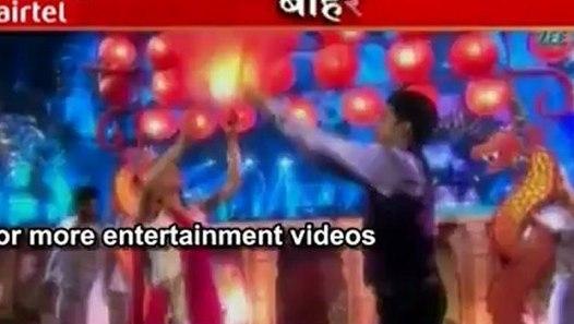 Aarti Ka Romantic Dance