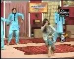 Ladies V.S Thakur & Firends - New Pakistani Punjabi Stage Drama_clip2