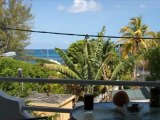 vue de la terrasse de l'appartement avant en location a trou aux biches ile maurice