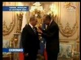 Chirac décore Poutine