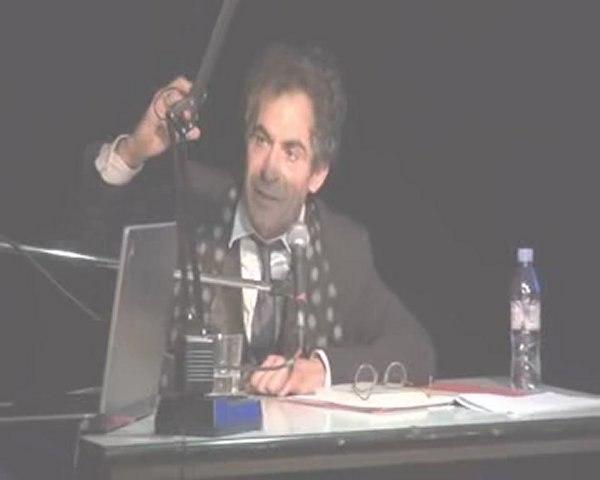 """""""Faut-il avoir peur des nanotechnologies ? 2 de 3"""" Etienne Klein, physicien"""