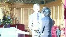 Leslie Caron reçoit la médaille de Vermeil de la Ville de Paris