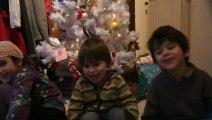 les loulous chantent petit papa Noël
