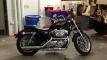 Harley Davidson Sportster 883 w/ stock pipes and no baffles