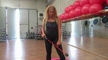 Monya fitness Giwa asana yoga con il Butterfly sulla tavola propriocettiva trampolino elastico
