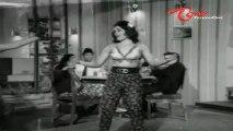 Takkari Donga Chakkani Chukka Songs - Vayasu Kurradhi - Krishna - Vijaya Nirmala