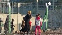 Siria: civili in fuga dalle violenze di entrambi i campi