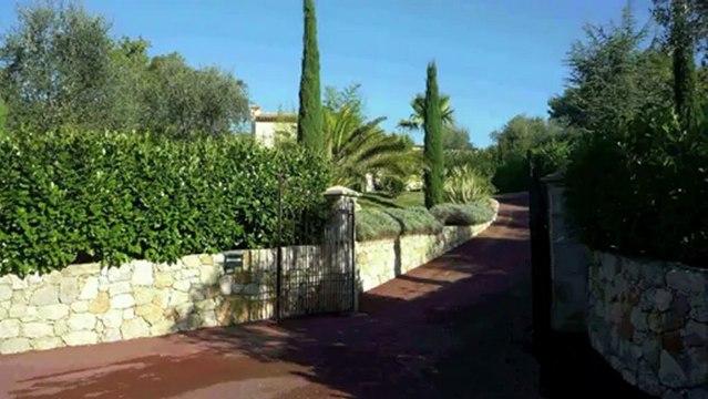 Villa à vendre - 06140 Tourrettes sur Loup -  200m² avec piscine sur oliveraie de 3500m²