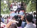 Kejriwal detained during protest march seeking action against Khurshid.mp4