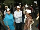 Kejriwal to establish Swaraj through his 'Aam Aadmi Party'.mp4