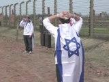 Shoah : 21e Marche des Vivants sur le site de l'ancien camp de la mort d'Auschwitz-Birkenau