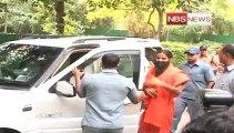 Ramdev snubs Arvind Kejriwal's party.mp4