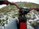 Dirt bike dans la neige ! =)