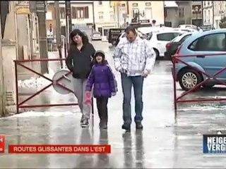 Chute sur du verglas (Journal 13h France 2) - Vidéo Dailymotion