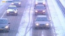 Sneeuw zorgt voor files op de A7 bij Stad - RTV Noord