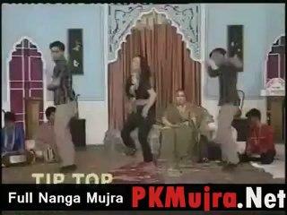 Nanga mujra