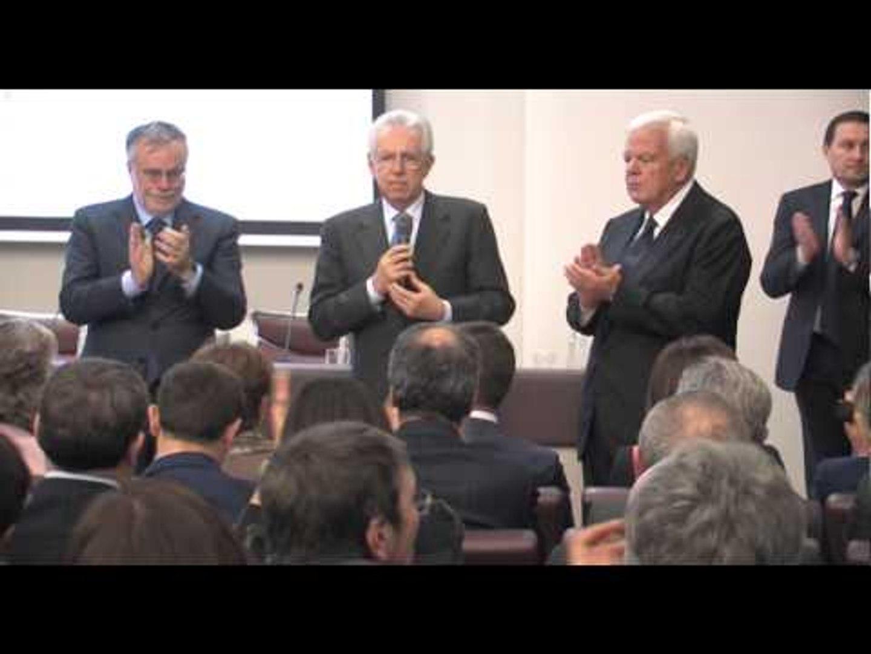 Nola (NA) - Mario Monti al Cis (01.02.13)