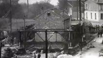 Pierres qui roulent 1953 déplacement sur rails d'un pavillon à Chatillon sous Bagneux pour agrandir la RN 306 par le service des ponts et chaussées de la Seine et l'Entreprise Christiani et Neilsen