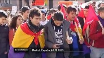 Spanish students protest education cuts - no comment