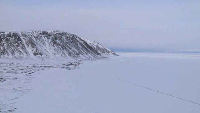 Bande annonce de Sur le Grand Océan Blanc (2012)