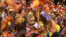 O espetáculo do carnaval das escolas de samba no Rio