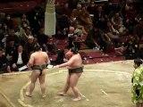 37ième Tournoi de Sumo à Tokyo - Combat de Sumo Comique partie 2 fin