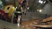 Backflip en skateboard par Adam Miller