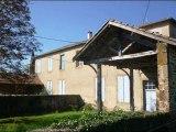 MC2387 Achat Immobilier Tarn et Garonne. Laguépie, bâtisse en pierre  avec 4 appartements d'une SH totale de 290m² sur 1100m² de terrain