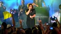 Kelly Clarkson Blasts Clive Davis' Memoir