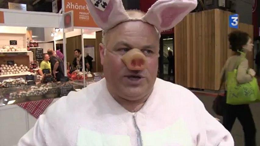 SIA 2013 : Noël Jamet, champion du monde du cri du cochon