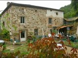 PN2386 Vente maison Tarn.. Dans petit village proche de Cordes sur Ciel  maison restaurée de185 m² de SH, 5 chambres,  terrain clos d'environ 500 m2.