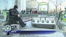 Accessibilité des handicapés: le parcours du combattant à Paris