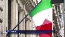 Acusado de fraude fiscal, Berlusconi alega inocência