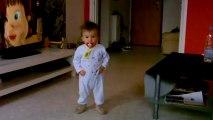 Kylian qui marche