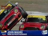 Spectaculaire accident de voiture