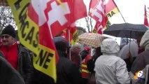 Des centaines de personnes dans la rue ce matin à Carcassonne pour dire NON au projet de sécurisation de l'emploi.
