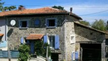 Montembœuf  Maison de village en pierres 3 chambres 1 burea