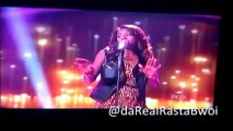 Amber  Holcom Semi Finalist on Idol sings - A moment like this ( Kelly Clarkson) 3/13/13