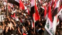 Iraqi supporters of Shiite cleric al-Sadr rally in show of strength