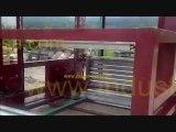 video 36202  liftpal 100 Ascenseur elevateur  continu Réalisation d'une ligne de convoyage automatique    reliant deux chambres froides à - 28 degrés avec un élévateur continu réversible LIFTPAL 100