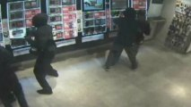 CCTV released of gang 'steaming' mobile phone shops