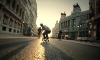 Madrid Longboard - Surfing in the city - 2012