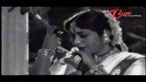Devatha Songs - Tholivalape Pade Pade - NTR - Savitri