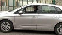 Permis de Conduire - Apprendre à conduire : Comment réussir une marche arrière ?