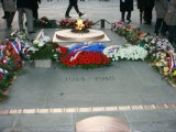 29 Mars 2013-Commémoration sous l'Arc de Triomphe du massacre du 26 mars 1962 à Alger.