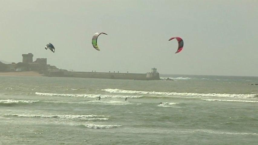 Saint Jean de Luz  - Kitesurf Donibane Lohizune Sant-Jean-de -Luz - Euskadi Surf TV